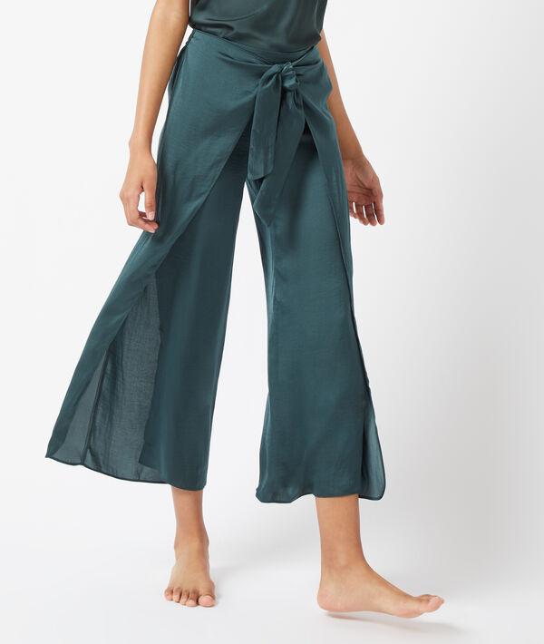 Pantalón holgado con aberturas laterales;${refinementColor}