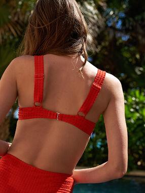 Sujetador bikini con foam suave relieve. copa b-e rojo.