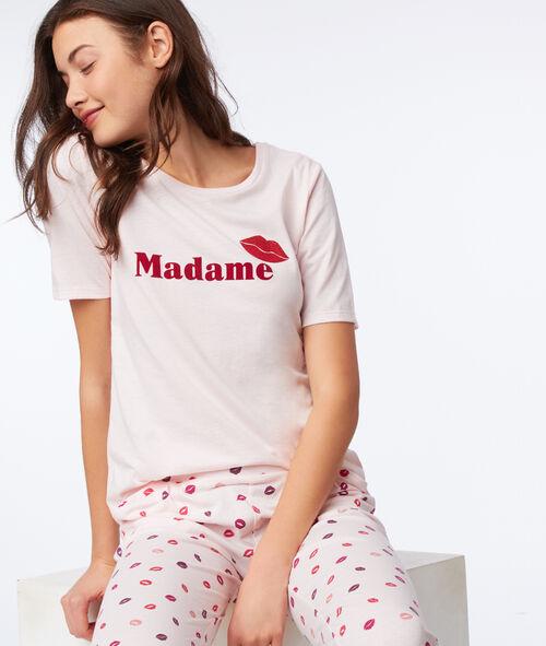 Camiseta con estampado beso