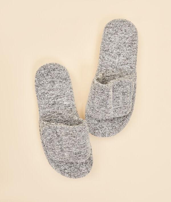 Zapatillas mullidas tipo chancla;${refinementColor}
