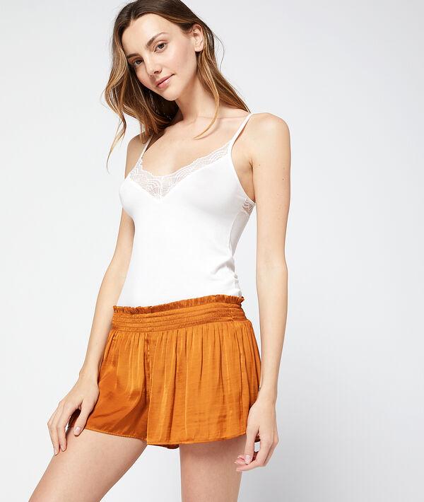 Pantalón corto de satén holgado