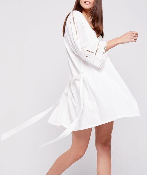 529c92dc7 Bata tipo kimono de algodón bordado