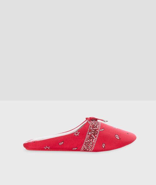 Zapatillas destalonadas estampado bandana