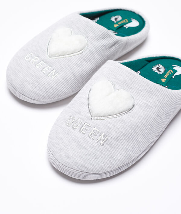 Zapatillas 'Green Queen' con corazón