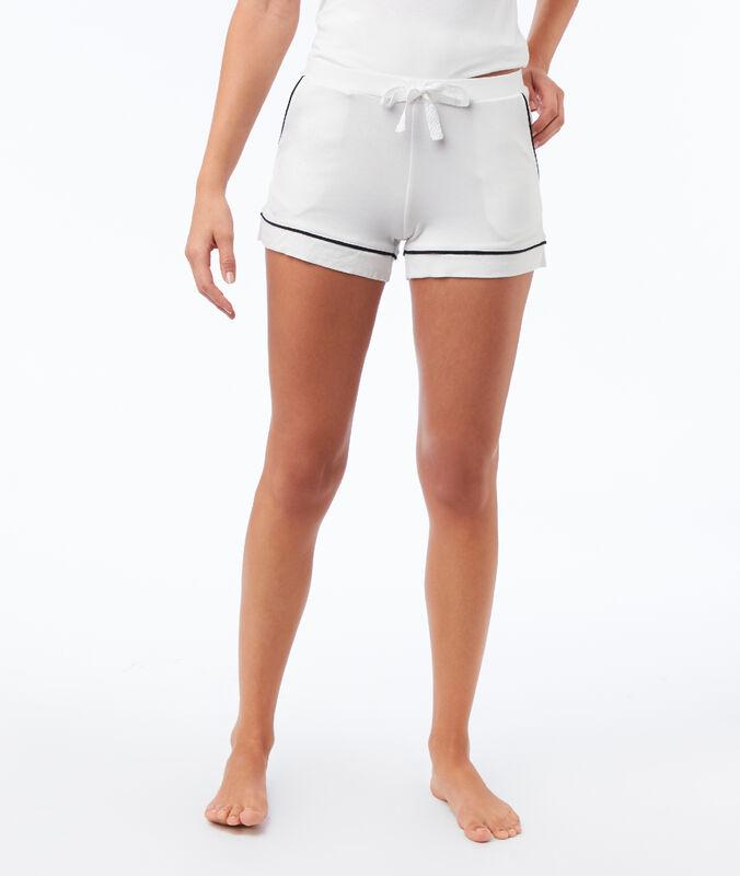 Pantalón corto de satén franjas contrastadas crudo.