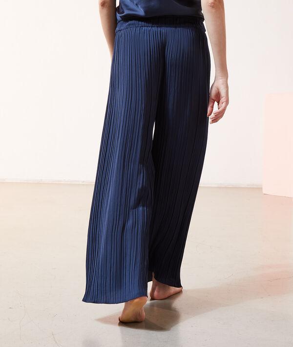 Pantalón ancho plisado;${refinementColor}