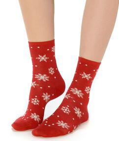 Calcetines estampado copos nieve rojo.