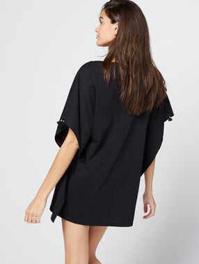 Camisón tipo túnica vaporoso negro.