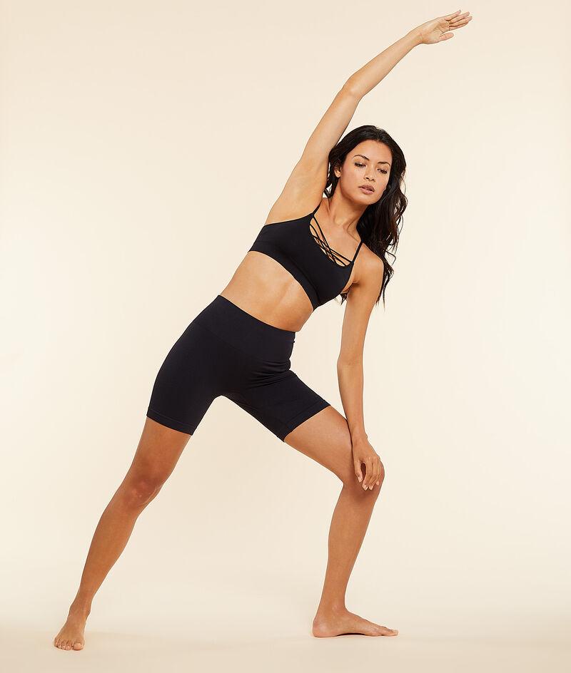Top de yoga. Sujeción media;${refinementColor}