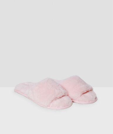 Zapatillas tejido peluche rosa.