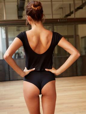 Body escote redondeado espalda negro.