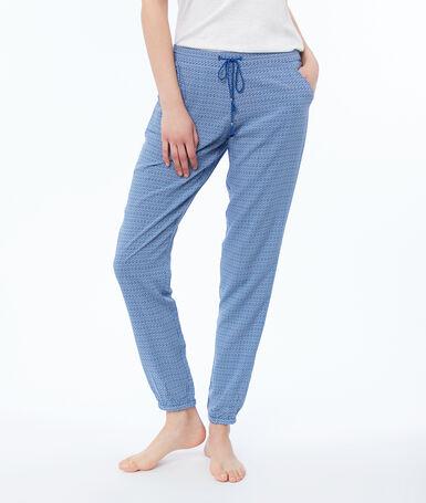 Pantalón estampado azul.