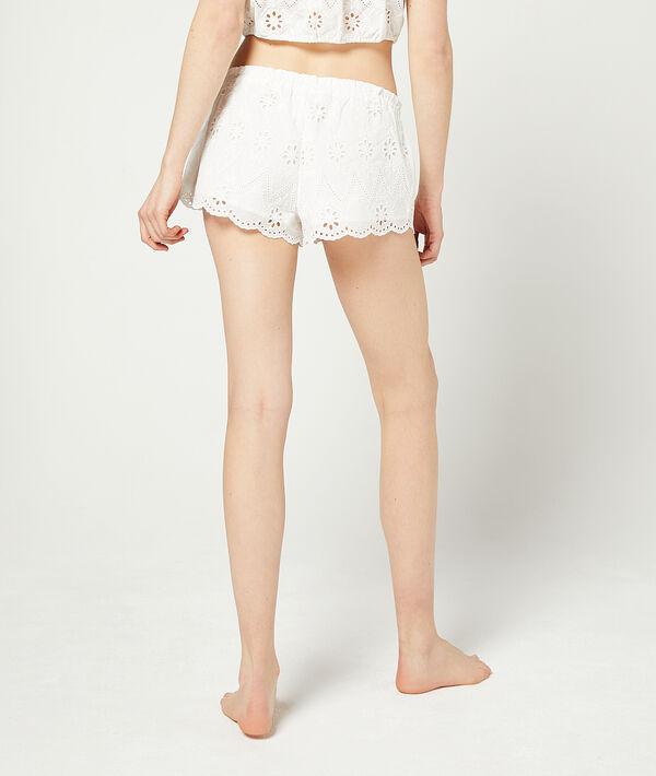 Pantalón corto guipur;${refinementColor}