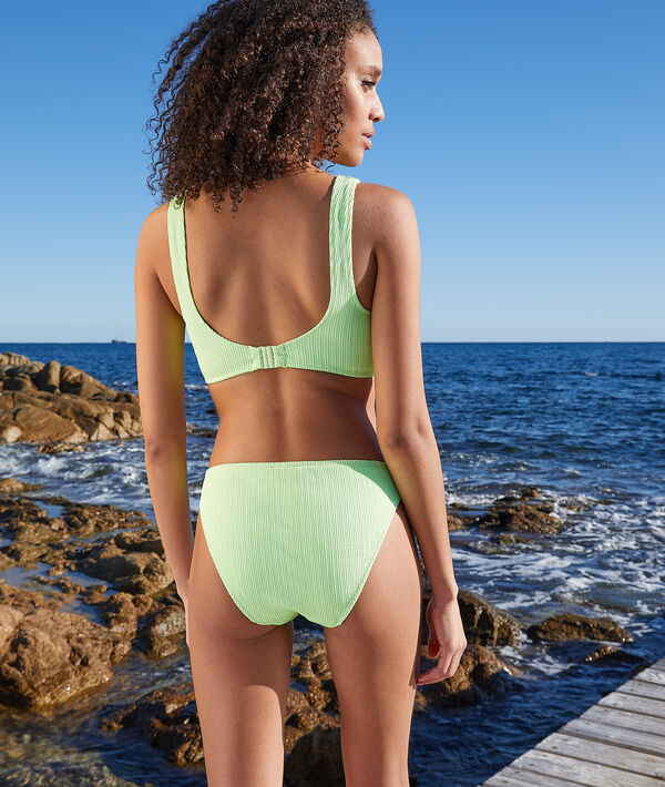Braguita bikini, suave relieve;${refinementColor}