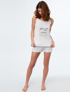 Pantalón corto estampado blanco.
