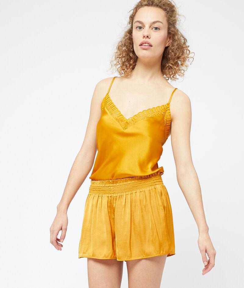 Pantalón corto de satén plisado