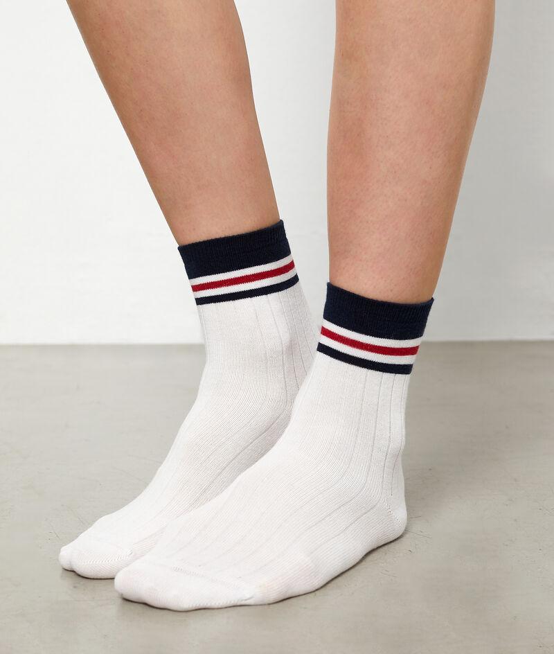 Calcetines deportivos con rayas;${refinementColor}