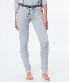 Pantalon chiné gris.