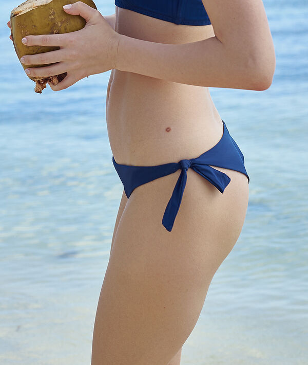 Braguita bikini brasileña lazadas laterales