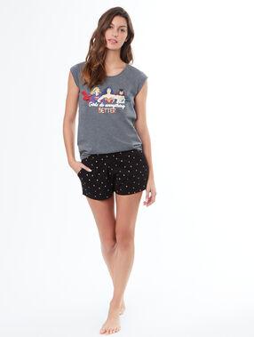 Pantalón corto estampado estrellas negro.