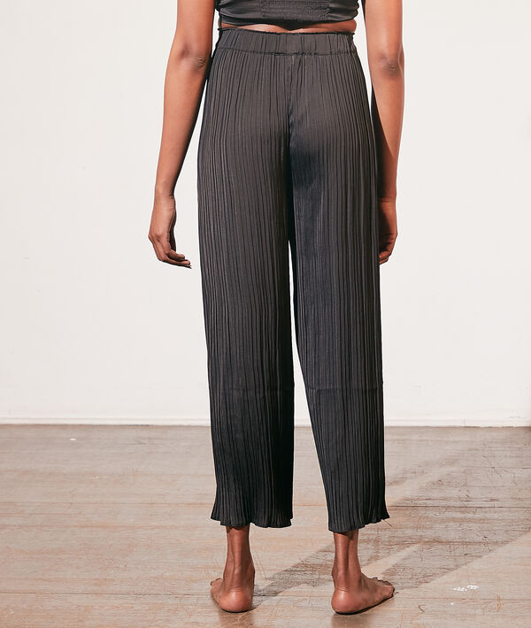 Pantalón pijama plisado;${refinementColor}