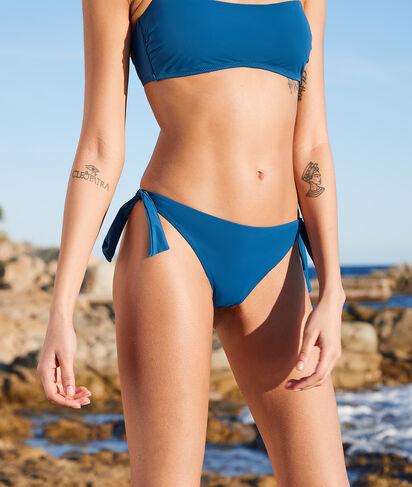 Braguita bikini brasileña, lazos laterales;${refinementColor}