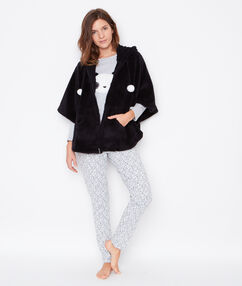 Pijama 3 piezas. chaqueta tejido peluche gris claro.