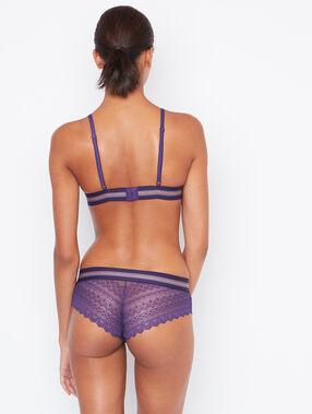 Culote de encaje con franja elástica violeta.