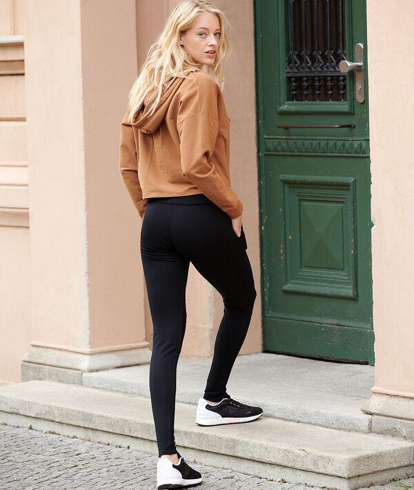 Pantalón sportswear con bolsillos;${refinementColor}