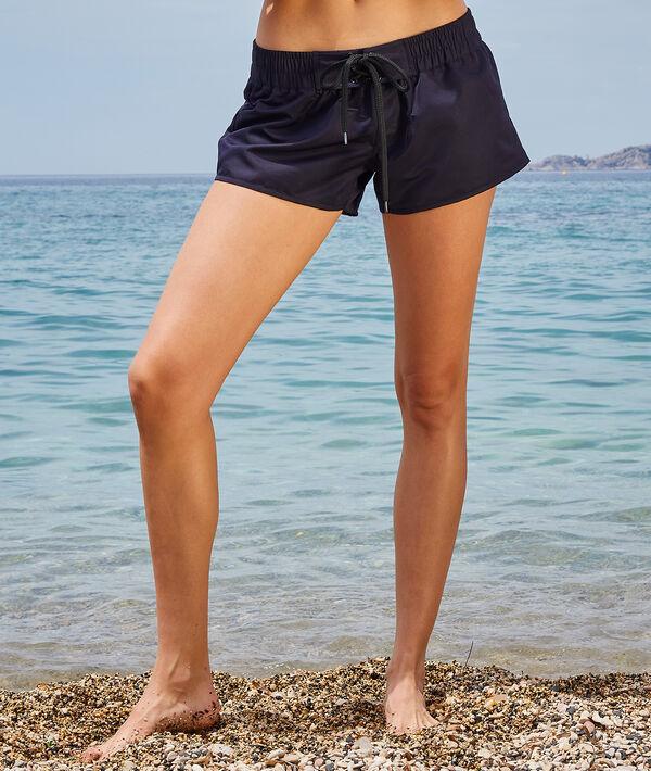 Pantalón corto. Colección Surf;${refinementColor}