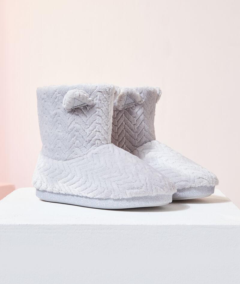 Zapatillas tipo botines con orejitas
