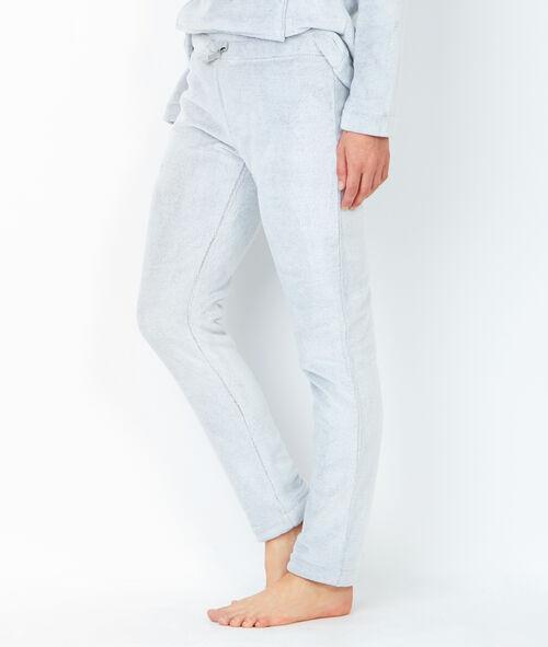 Pijama 2 piezas. Pantalón y sudadera tejido peluche