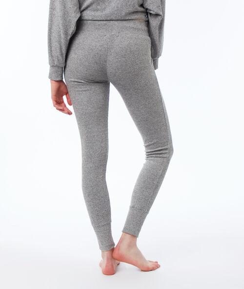 Pantalón leggings suave relieve