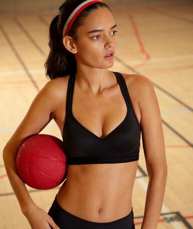 Top deportivo efecto push up. copa b-c negro.