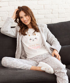 Pijama 3 piezas estampado crudo.
