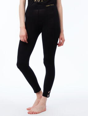 Pantalón pijama tipo leggings negro.
