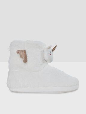 Zapatillas tipo botines unicornios crudo.