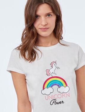 Camiseta manga corta unicornio blanco.