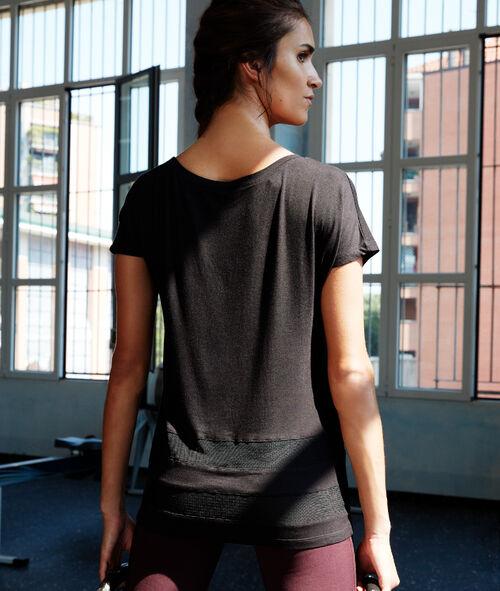 Camiseta con detalle tejido rejilla