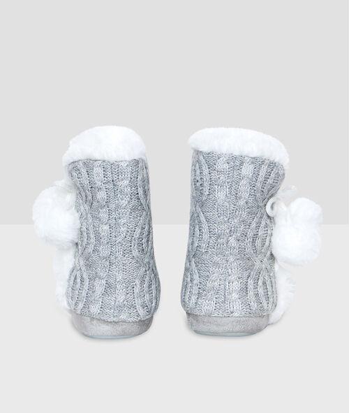 Zapatillas tipo botín forradas
