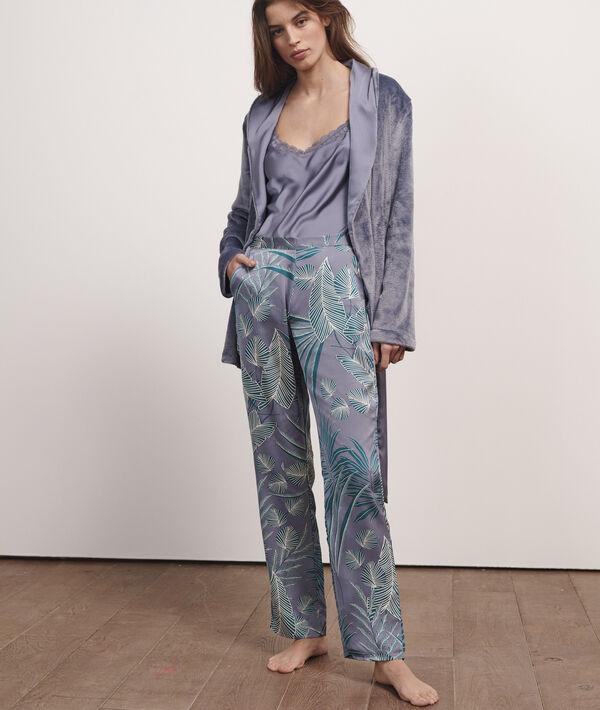Pijama 3 piezas de satén y tejido mullido;${refinementColor}