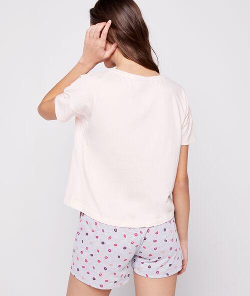 Camiseta dibujo Snoopy enamorado