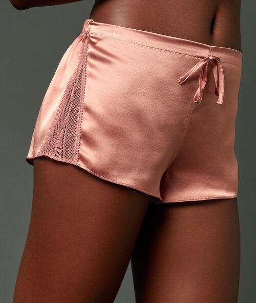 Pantalón corto de seda detalles de encaje