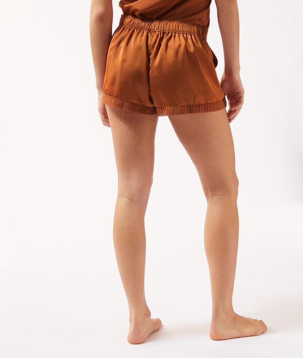 Pantalón corto de atén;${refinementColor}