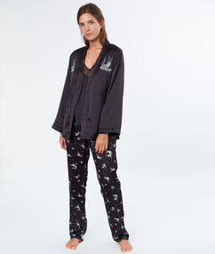 Pijama 3 piezas satén negro.