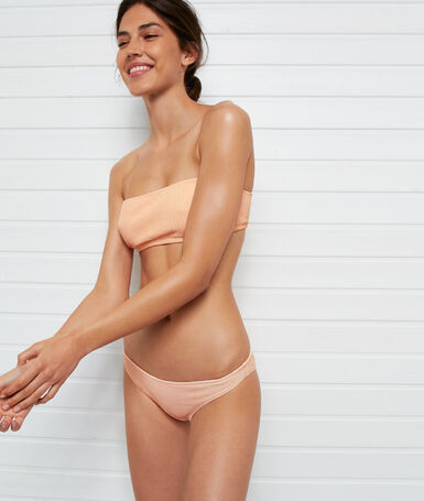 Braguita bikini tejido relieve coral.