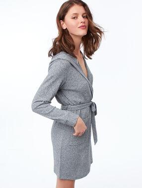 Chaqueta con capucha suave relieve c.gris.