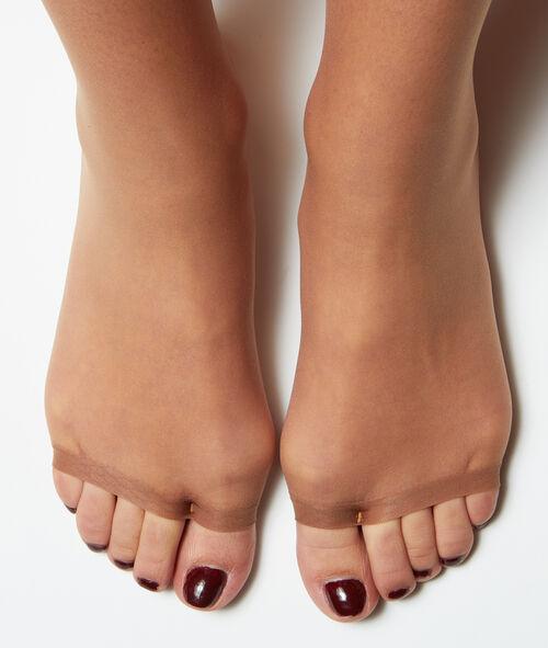 Medias finas con efecto piernas desnudas y abertura en los dedos de los pies