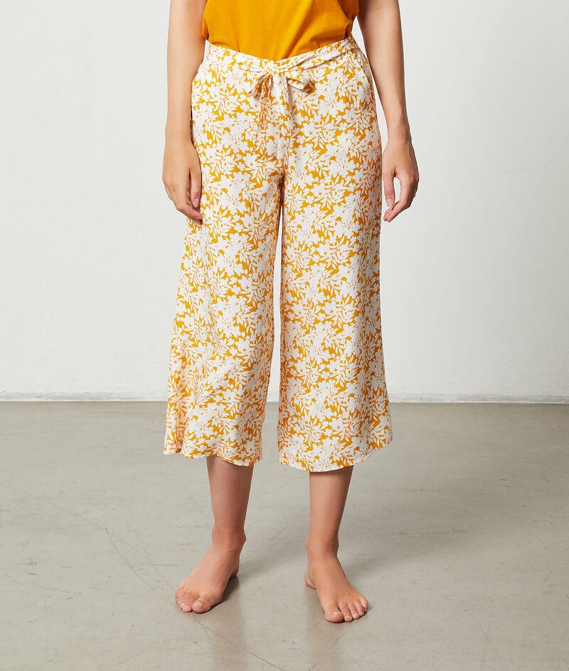 Pantalón 7/8 estampado floral;${refinementColor}