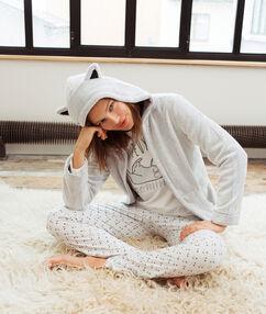 Pijama 3 piezas con mensaje estampado c.gris.